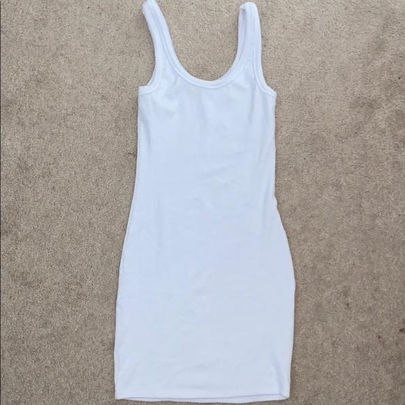⭐️3/25$ White dress